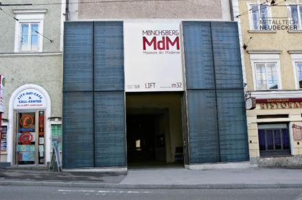 Eingang Museum der Moderne