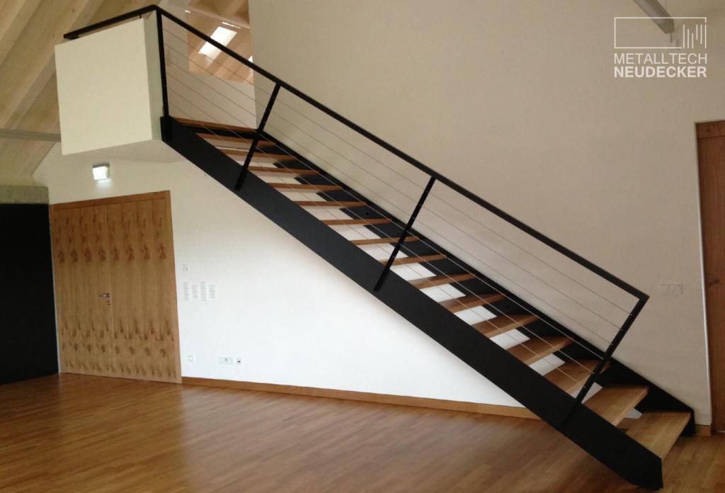 Geradläufige Treppe treppen stiegen wendeltreppen spindeltreppen geradläufige